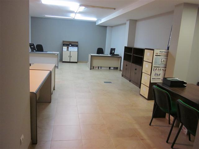Comprar oficina en pontevedra alameda pontevedra ref 6636 for Muebles de oficina pontevedra